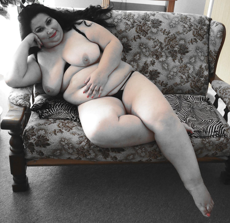 Curvy Goddess  (Elena Ramona Savu / Foto: Michael Schneider)