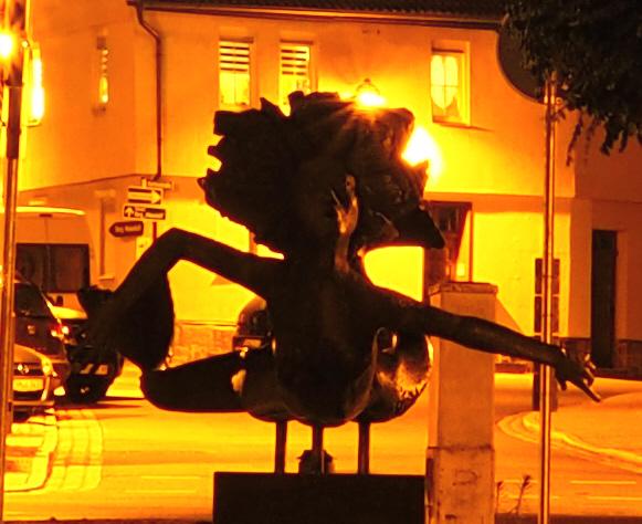 Werranixe bei Nacht