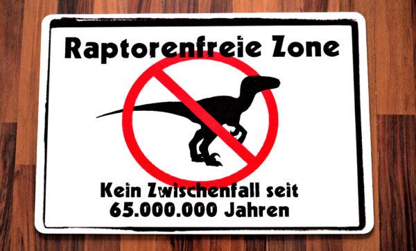 Fußmatte: Raptorenfreie Zone