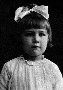 Mädchen, ca. 1890