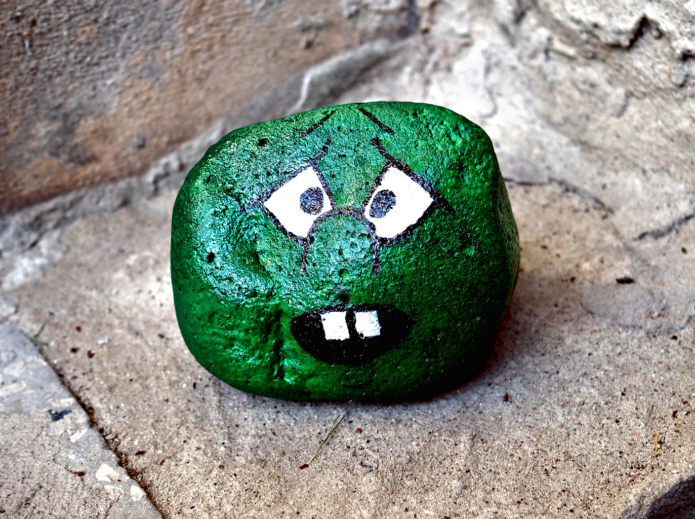 Green Stonehead