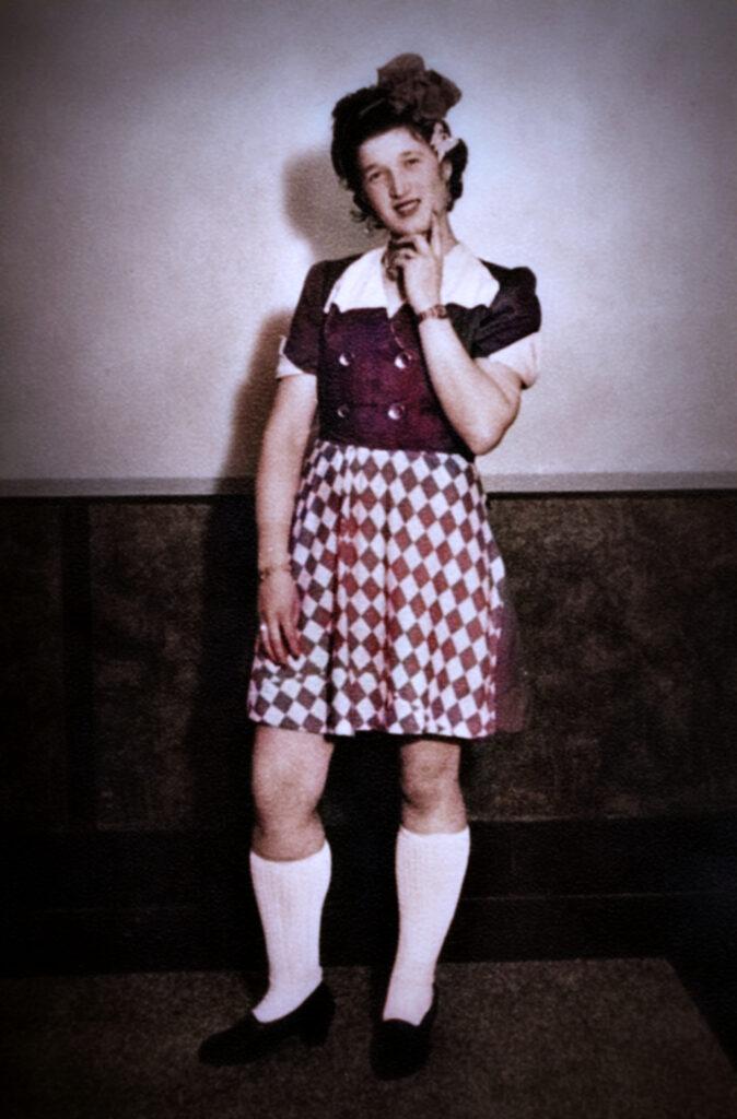 Herda Minet, 1949
